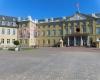 Outdoor Werbefahne - Gospelkirchentag Karlsruhe Schloss - Fahnen-Kreisel